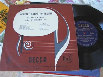 STANLEY BLACK - MUSICAL COMEDY FAVOURITES - DECCA { 194