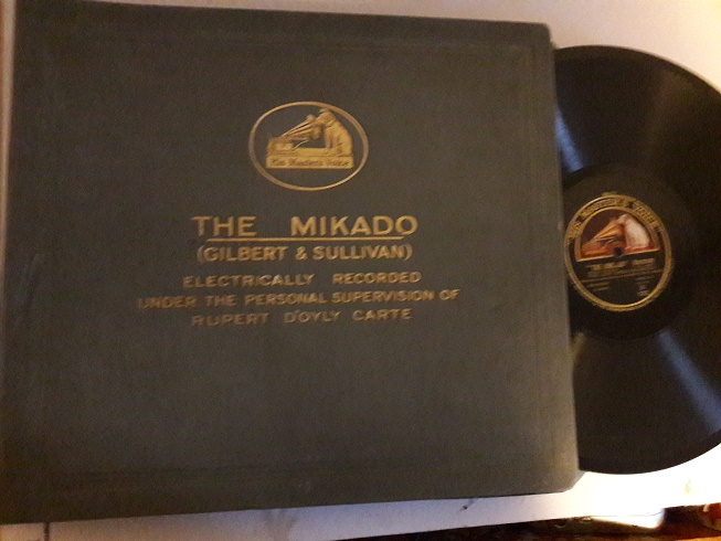 Gilbert & Sullivan - The Mikado - D'Oyly Carte - HMV D.1172 11