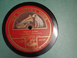 Caruso- Flotow - Vesti la Giubbi - HMV 052159 Single Sided