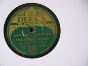 The Street Singer - Roses of Pigardy - Decca Irish Press
