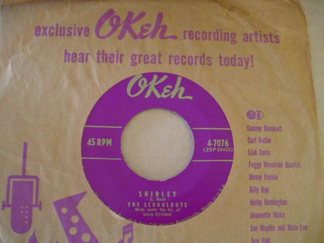 THE SCHOOLBOYS - SHIRLEY - OKEH 7076 { 627