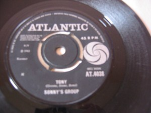 Sonnys Group - Laugh at me - Atlantic UK 1965