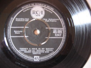 Harry Belafonte - Chickens - RCA Irish 1960