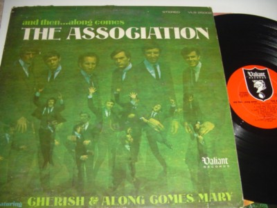 THE ASSOCATION - AND THEN ALONG COMES - WARNER { 476