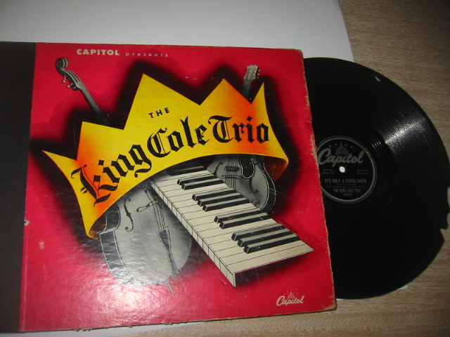 KING COLE TRIO - SELF TITLE - CAPITOL SET { 46