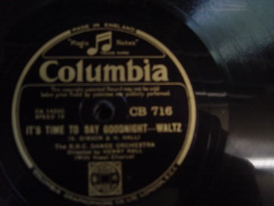 B.B.C Dance Orchestra - In Town Tonight - Columbia CB 716