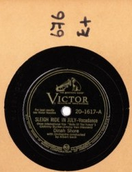 DINAH SHORE - Sleigh ride in July - VICTOR 20-1617 -