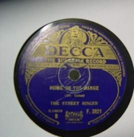 The Street Singer - Play to me Gypsy - Decca F.3921 UK