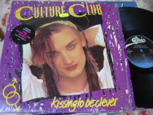 CULTURE CLUB - KISSING TO BE CLEVER - EPIC