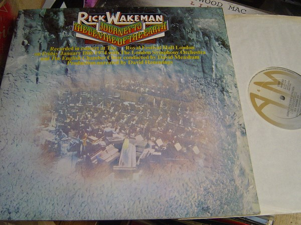 Rick Wakeman - Journey to Centre Earth - A & M 63621 - 1974 UK