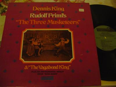DENNIS KING - FRILM - 3 MUSKETEERS - MONMOUTH { 1239