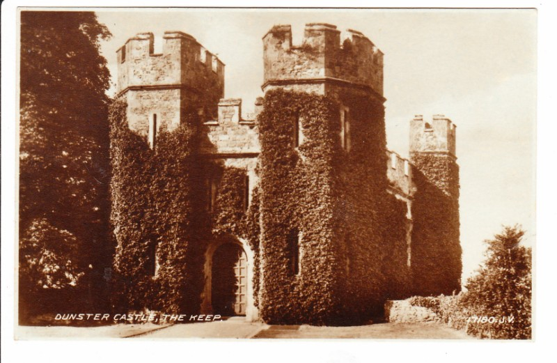 DUNSTER CASTLE - THE KEEP - UN POSTED