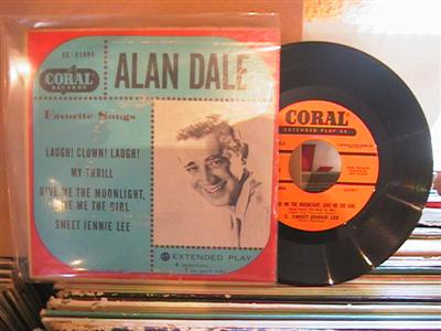 ALAN DALE - FAVOURITE SONGS - CORAL EP