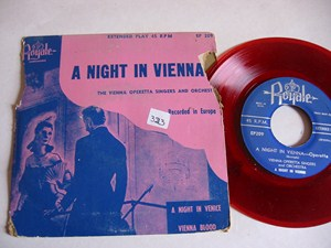VIENNA OPERETTA SINGERS - Night in Vienna - ROYALE EP