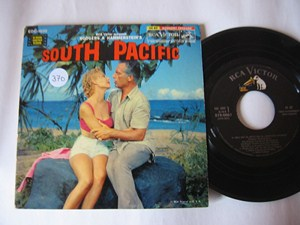 SOUTH PACIFIC - Brazzi , Gaynor - 3 DISC RCA EP