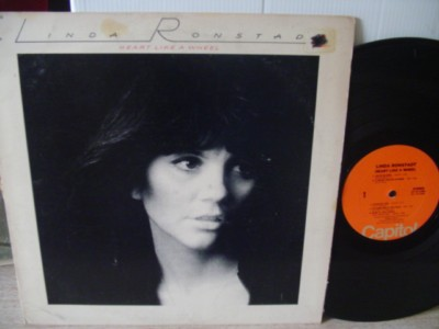 LINDA RONSTADT - HEART LIKE WHEEL - CAPITOL { Z 308
