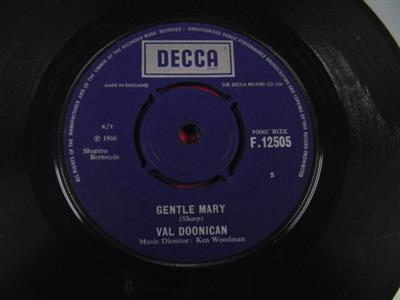 VAL DOONICAN - GENTLE MARY - DECCA UK { IP 314