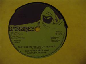 THE FUREY BROTHERS - GREEN FIELDS FRANCE - BANSHEE { 242