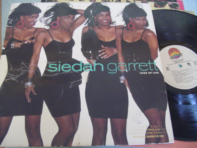 SIEDAH GARRETT - KISS OF LIFE - QWEST - J 1184