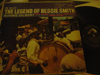 RONNIE GILBERT - SINGS BESSIE SMITH - RCA { 710