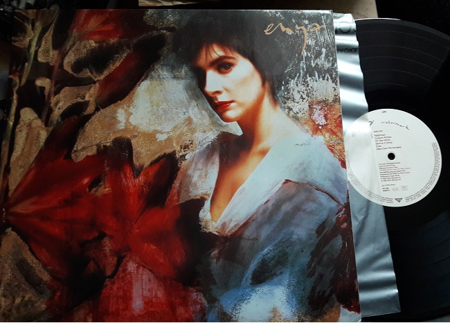 Enya - Watermark - WEA WX.199 IGermany 1988 Mint Minus - Click Image to Close