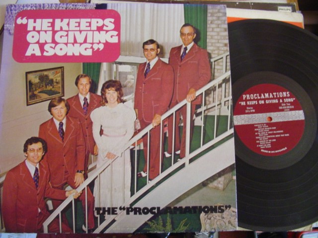 THE PROCLAMATIONS - KEEPS ON GIVING A SONG - SOUND 80