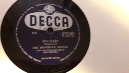 Beverley Sisters - Born to be with you - Decca F.10770