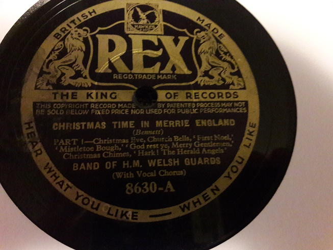 Band of H.M. Welshr Guards - Christmas Merrie England - Rex 8630