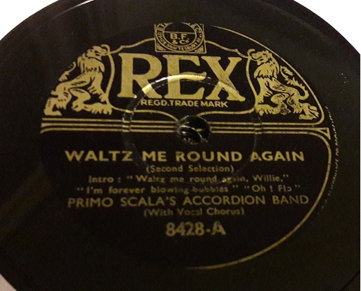 Primo Scala Accordion - Waltz me around again - Rex 8428 E+