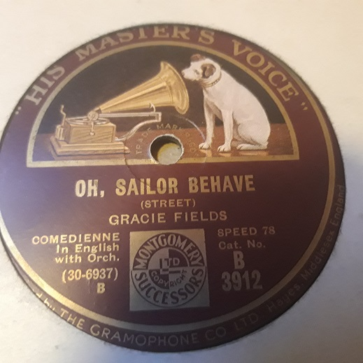 Gracie Fields - Oh, Sailor behave - HMV B.3912 UK