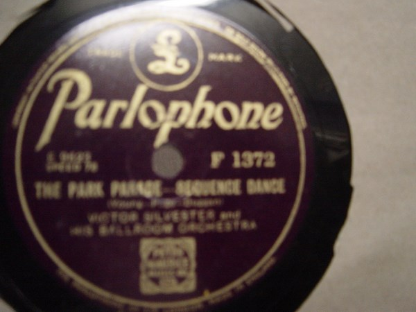 Victor Silvester - The Park Parade - Parlophone F.1372 Mint