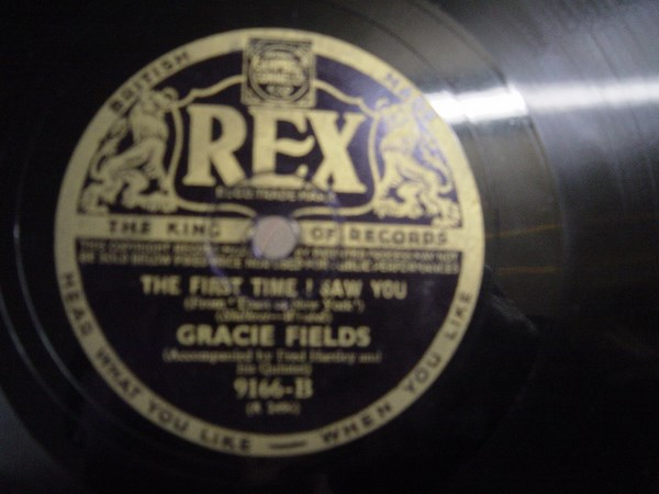 Gracie Fields - Little old Lady - Rex 9166 UK