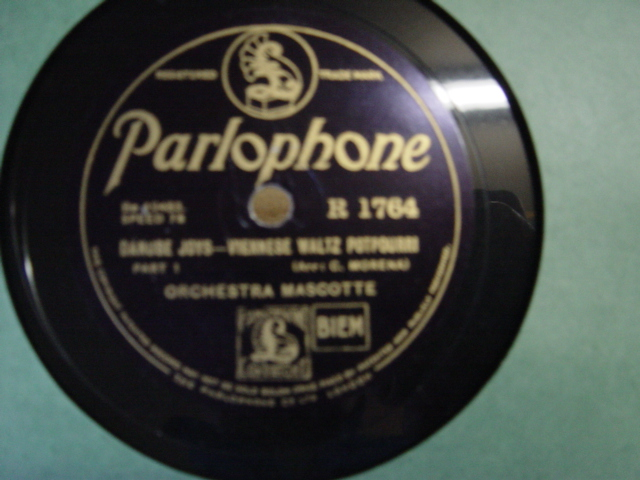 Orchestra Mascotte - Danube Joys - Parlophone R. 1764