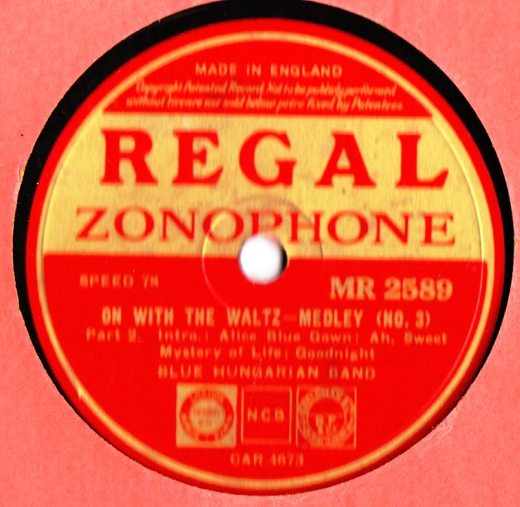 Blue Hungarian Band - On with the Waltz 3 - Regal MR.2589