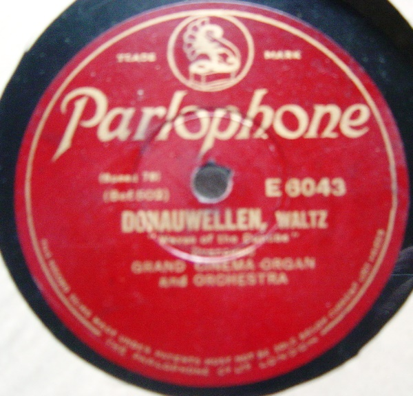Grand Cinema Organ Solo - Parlophone E.6043