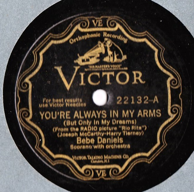 Bebe Daniels - You're always in my arms - Victor Scroll 22132