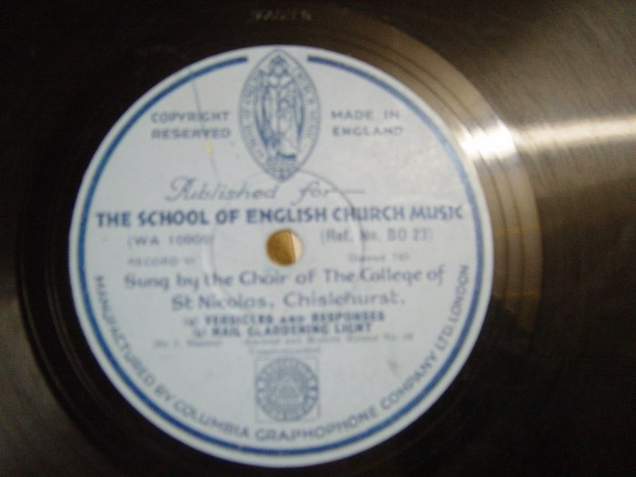 Choir of St Nicolas College - Macnificat - Columbia BO.23