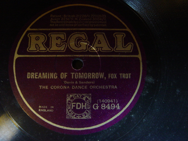 Corona Dance Orchestra - Dreaming of Tomorrow - Regal G.8494