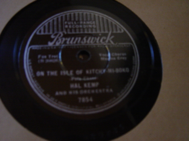 Hal Kemp - The Love Bug will bite you - Brunswick 7854
