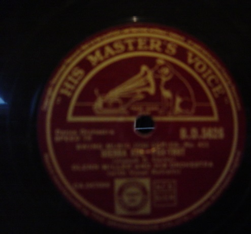 Glenn Miller - Boog it / Sierra Sue - HMV BD.5626