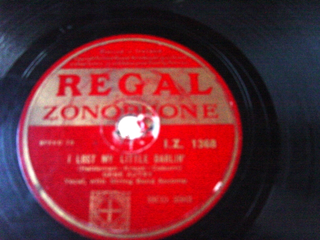 Gene Autry - The Bible on Table - Regal Zonophone IZ1368 VG