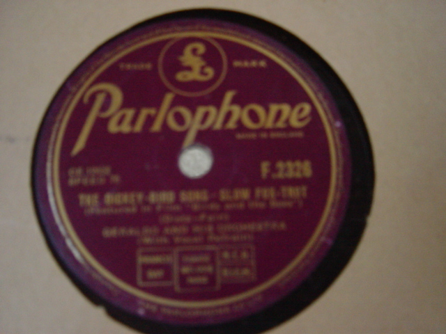 Geraldo & Orchestra - Buttons & Bows - Parlophone F.2326