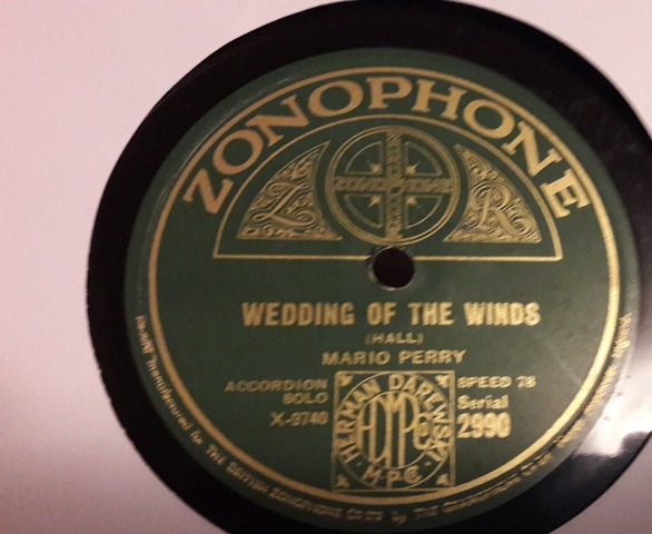 Mario Perry Accordion - Wedding of the Winds - Zonophone 2990