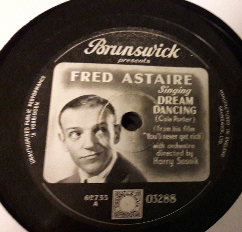 Fred Astaire - Dream Dancing - Brunswick 03288 Picture Label