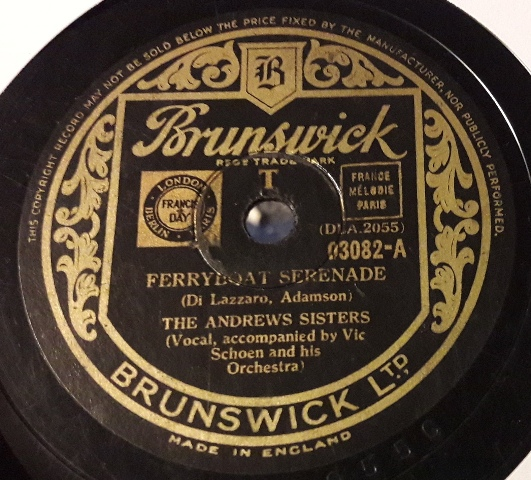 Andrews Sisters - Ferryboat serenade - Brunswick 03082