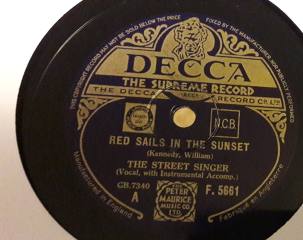 The Street Singer - Red sails in Sunset - Decca F.5661