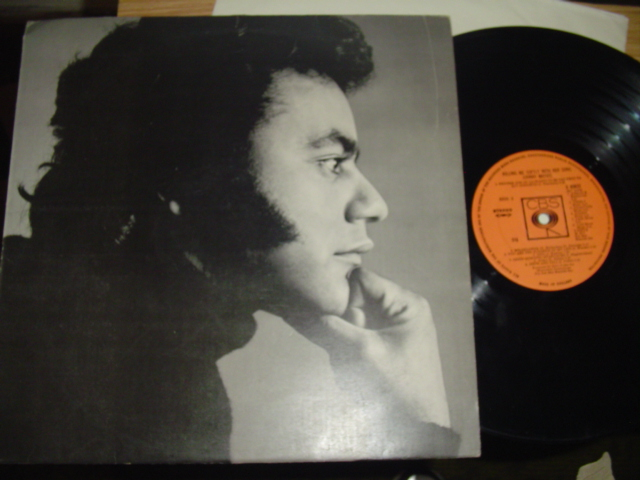 JOHNNY MATHIS - KILLING ME SOFTLY - CBS