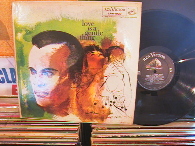 HARRY BELAFONTE - LOVE IS A GENTLE THING - RCA LPM - M11