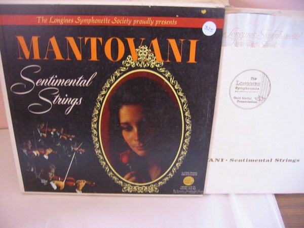 MANTOVANI - SENTIMENTAL STRINGS - LONGINES 7LP { MV 325