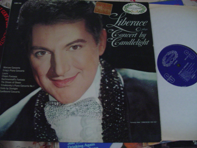 LIBERACE - CONCERT BY CANDLELIGHT - HALLMARK